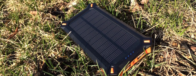 Solar Charger Review: Poweradd Apollo 3