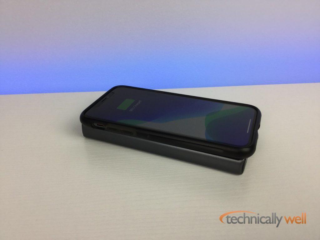 AUKEY PB-Y32 power bank wireless charging