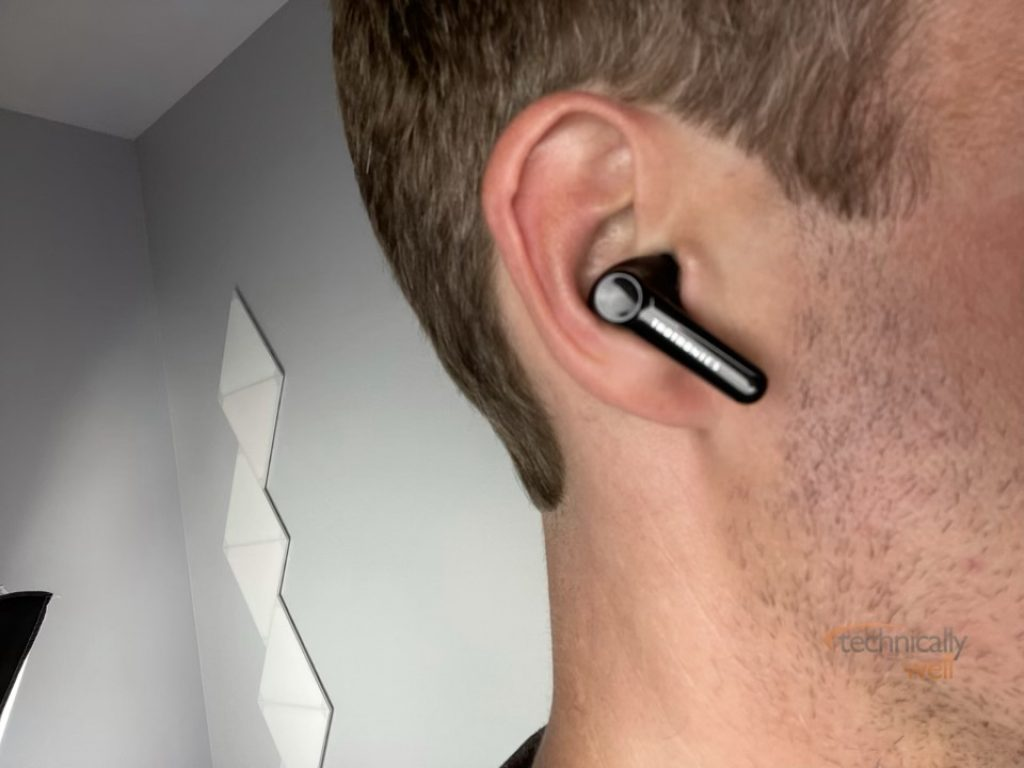 SoundLiberty Pro P10 Earbuds in ear