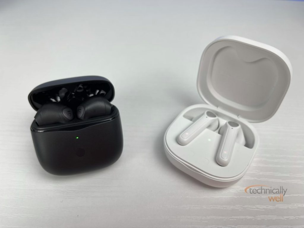 SOUNDPEATS Air3 with case vs the TrueAir2 with case